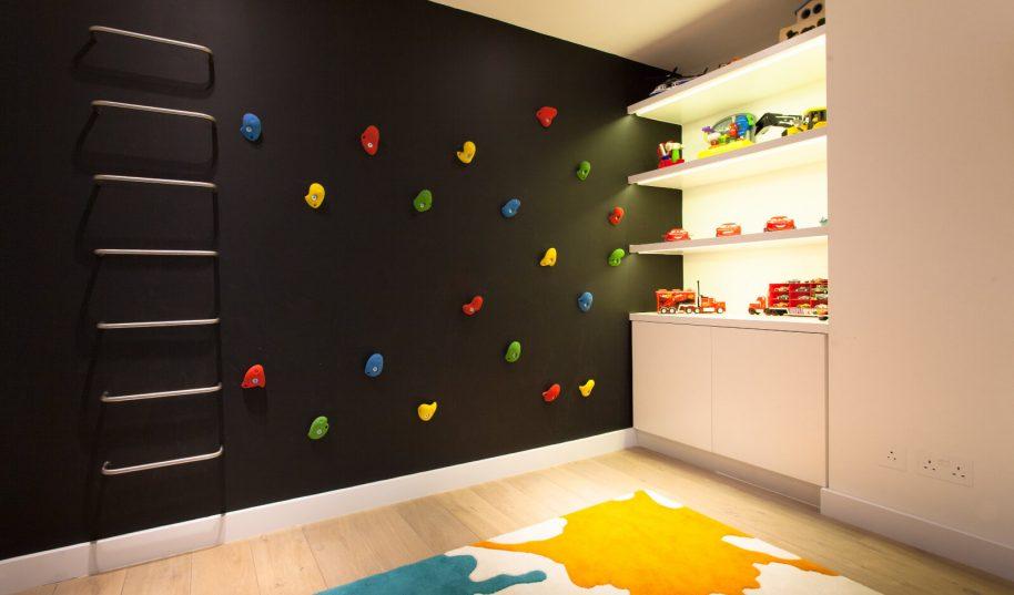 Roselind Wilson Design Holland Park Kids playroom