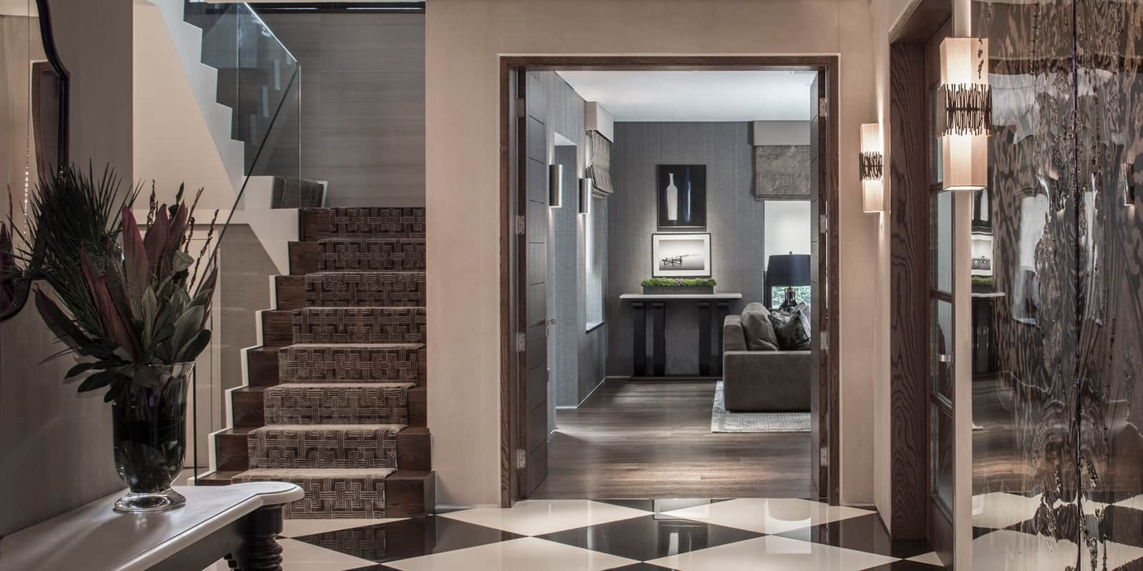 Contemporary entrance foyer