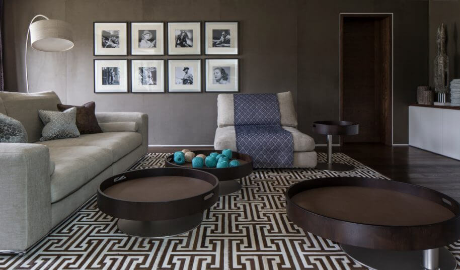 Broad walk family room interior design