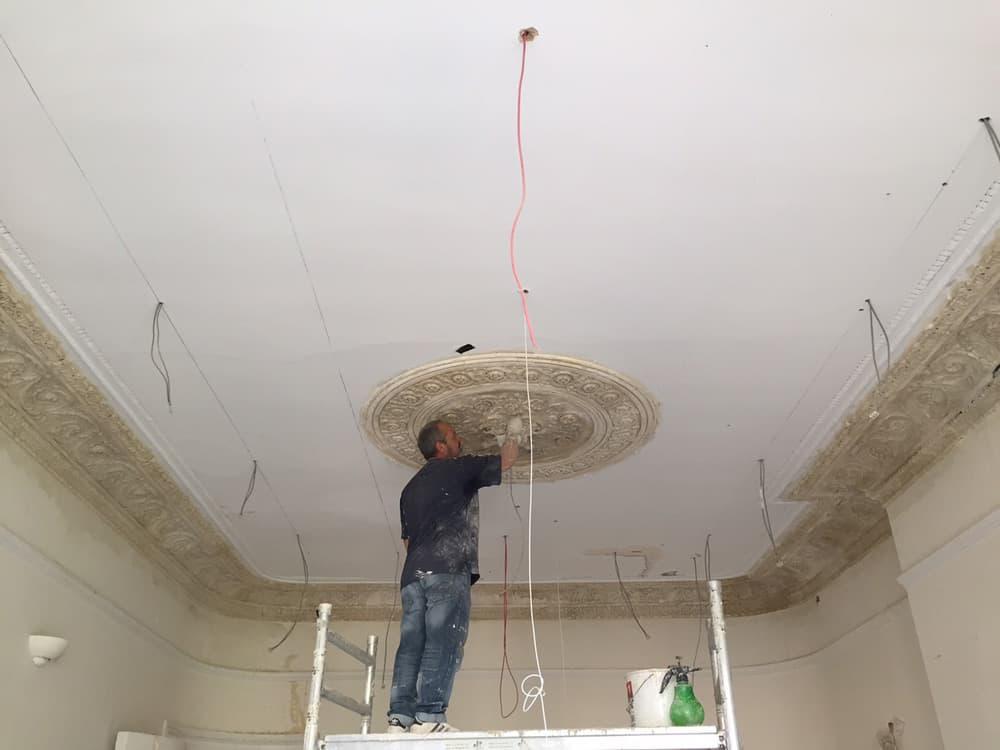 restoring ceiling rose