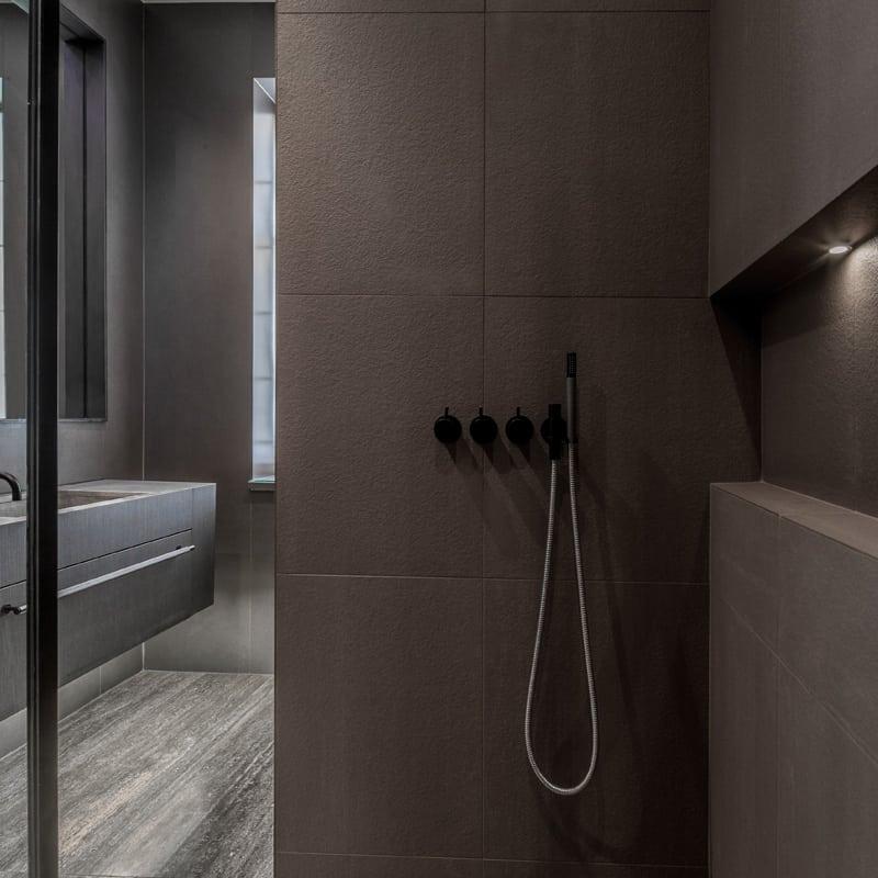 industrial luxe bathroom roselind wilson design