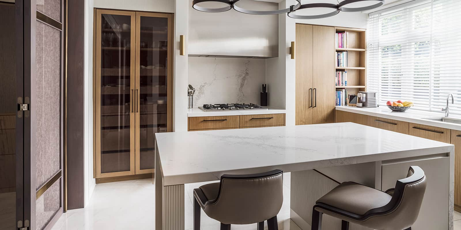 luxury interior design kitchen by roselind wilson design