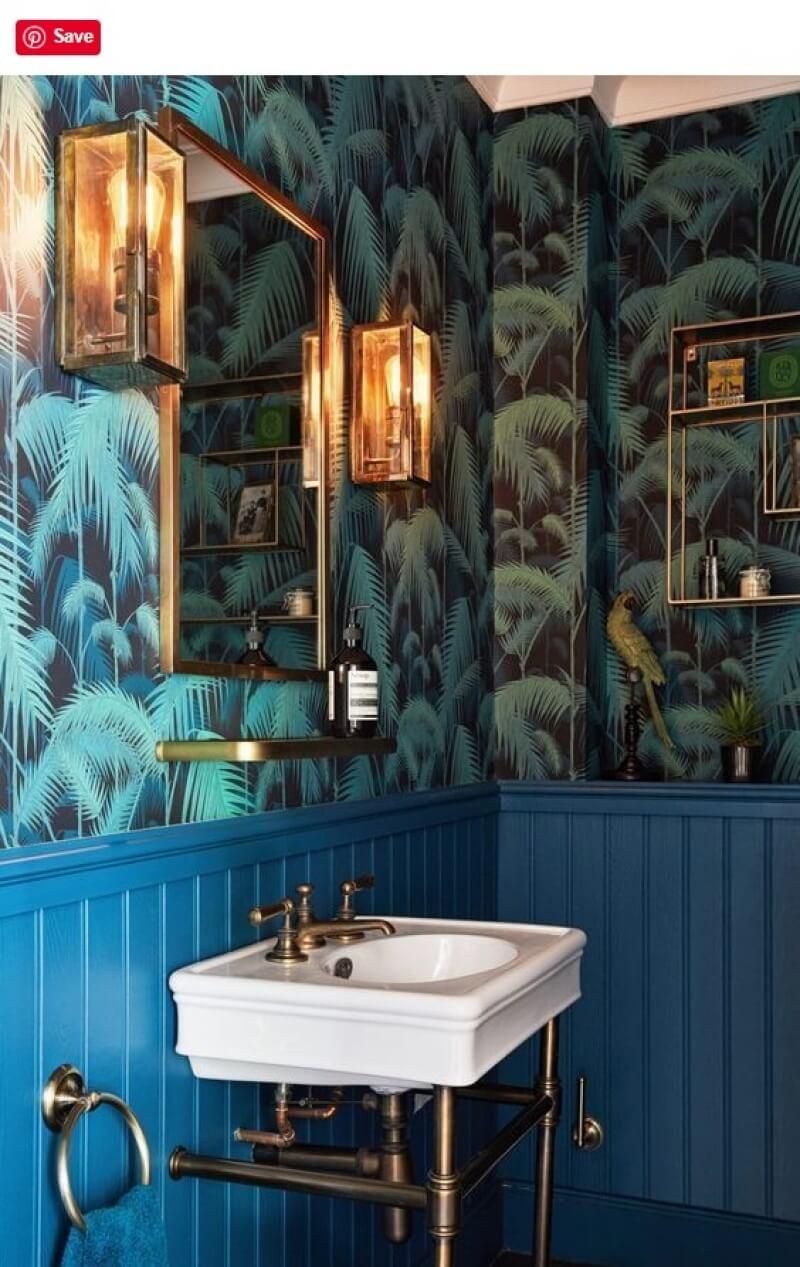 leaf wallpaper in bathroom