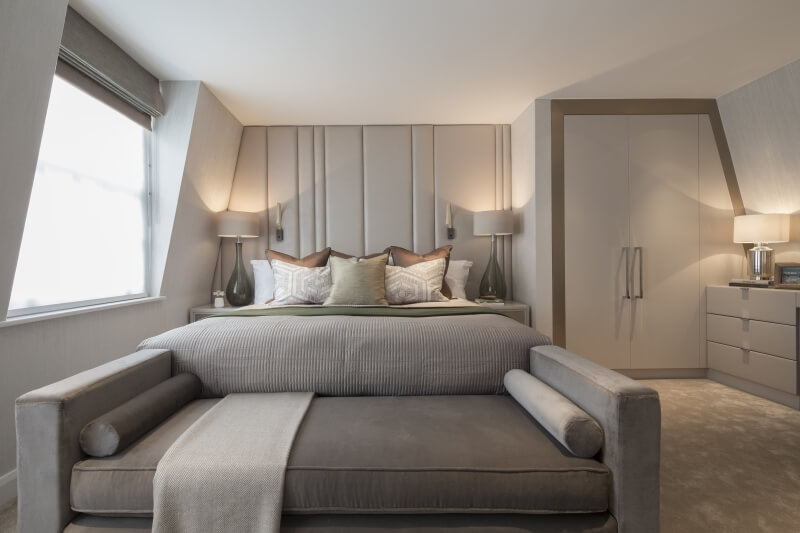 Light layering in the bedroom