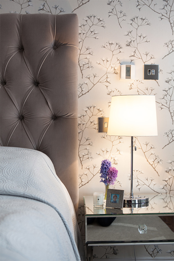 Guest room luxurious touches